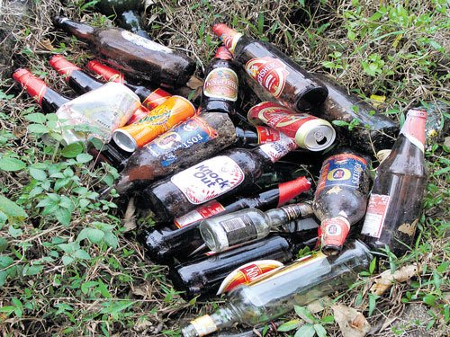 Group cleans up trash dumped by trekkers in Western Ghats