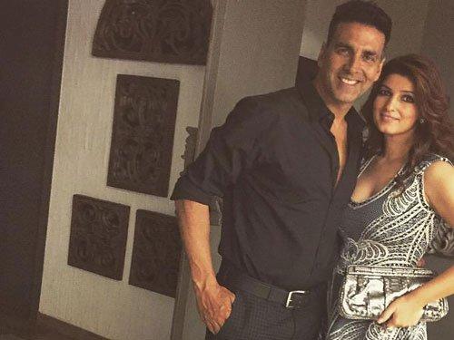 Akshay Kumar rings in 48th birthday with wife