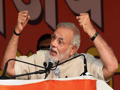 PM hits out at Cong for failing poor on 'garibi hatao' slogan