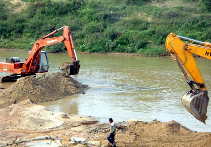 Draft sand mining policy released; aims to curb corruption
