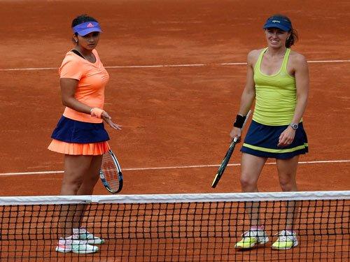 Sania, Hingis make final of Guangzhou Open