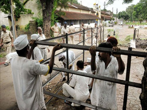 Over 4 lakh in jails across India