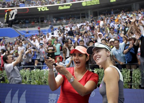 Sania-Hingis win Wuhan Open to register seventh doubles title of 2015