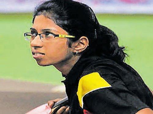 Shreyas, Kushi clinch junior titles