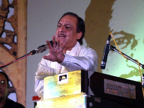 Kejriwal Govt invites Ghulam Ali to perform in national capital