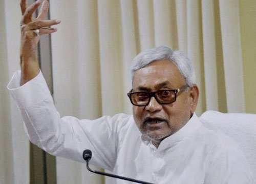 Nitish accuses Modi of brazen attempt to add communal colour to polls