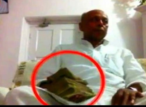 EC seeks report from DM on Kushwaha's episode