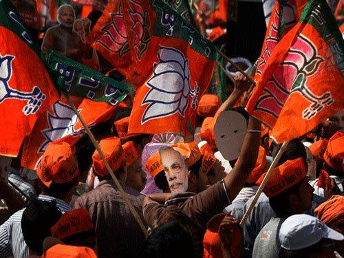 BJP taunts Sena on backing Sanjay Dutt, hosting Javed Miandad