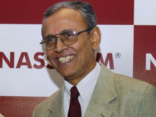 Ex-Telecom secy discharged, court slams CBI for 'fabricating facts'