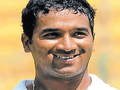 'Unfortunate to lose late wickets'