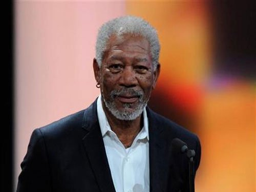 Morgan Freeman tops sexy voice list