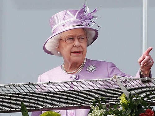 US man asks Queen to 'take back America', she says no