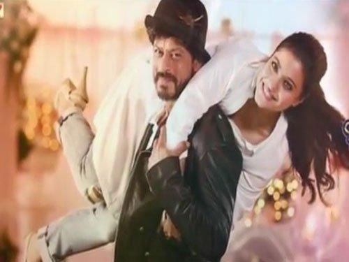 Shah Rukh Kajol Recreate Iconic Poster Of Ddlj Deccan Herald