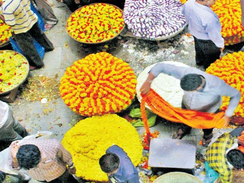 Prices of flowers go up this festive season, fruit rates stable