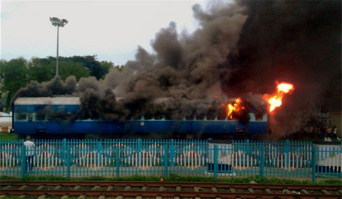 MRTS train catches fire; passengers escape unhurt