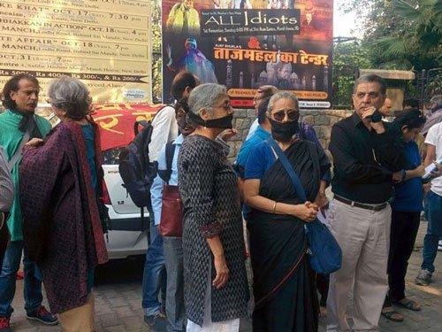 Writers march in protest, submit memorandum to Sahitya Akademi