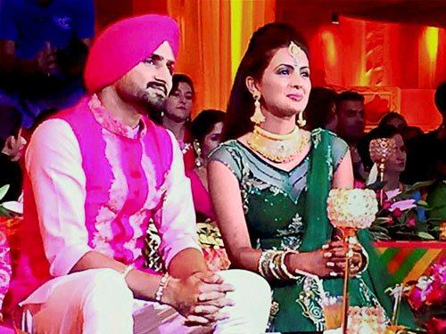 Harbhajan ties the knot with actor Geeta