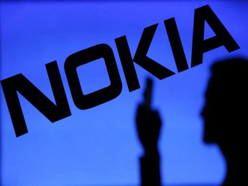 Nokia to give billions back to shareholders as sales dip
