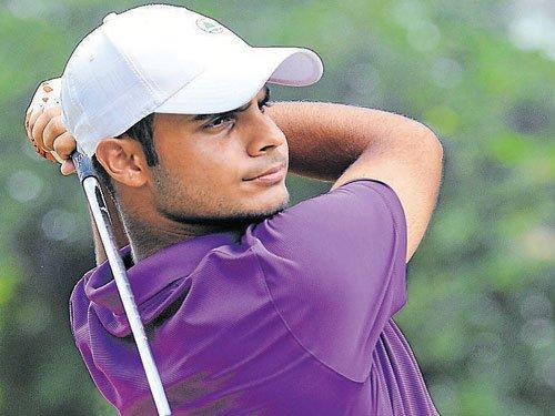 Shubhankar surges ahead