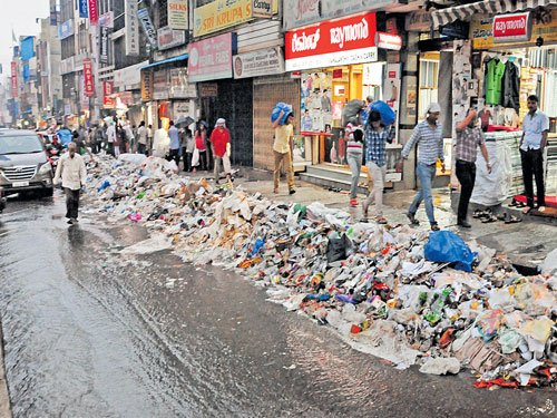 It's the same old story of Bengaluru, the garbage city