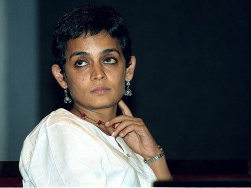 Kundan Shah, Saeed Mirza, 22 others return National Awards