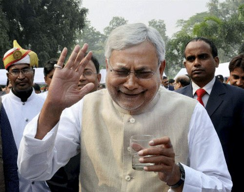Nitish set for 3rd term, Grand Alliance to get 2/3rd majority