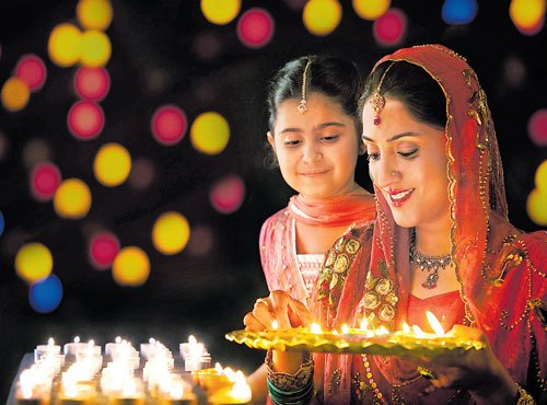 Mughal rulers who lit lamps of equality