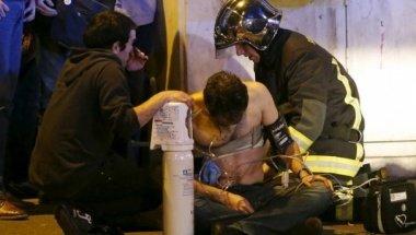 Gunmen and bombers  kill over 100 in Paris