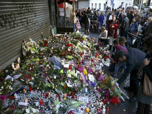 After Paris attacks, pressure builds for big military response to Islamic State