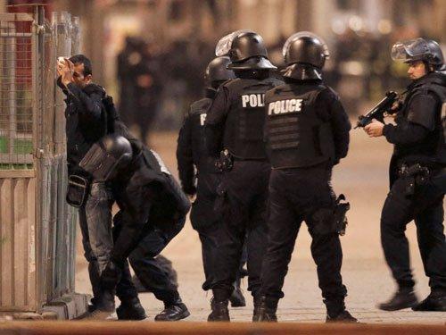 Police raid targeted suspected Paris attacks mastermind