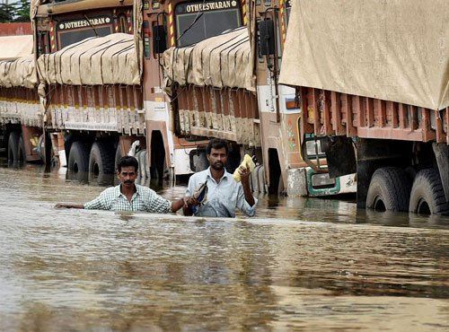 Toll touches 87, TN limping back to normalcy