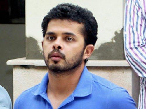 IPL spot-fixing: HC sends notice to Sreesanth, 35 others