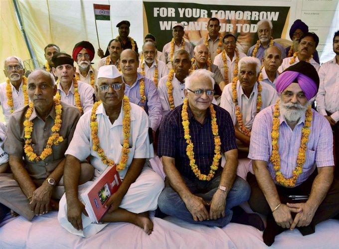 Surrendering, burning of medals uncalled for: Admiral Prakash