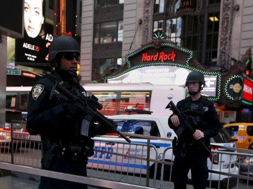 ISIS threatens NY;New video shows Times Square, suicide bomber