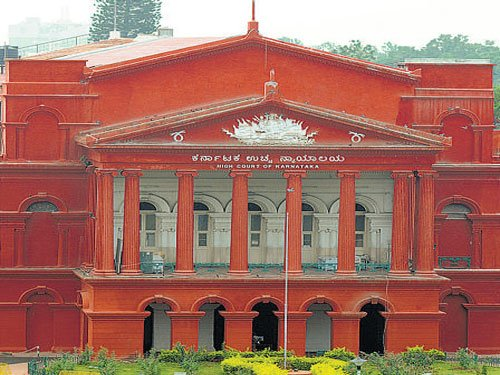 HC orders notice to Home minister's brother
