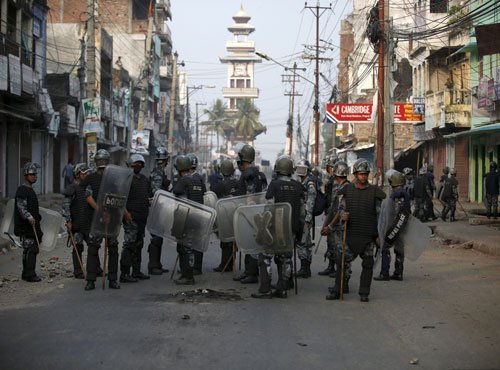Police shoot dead 4 Madhesis as violence returns to Nepal