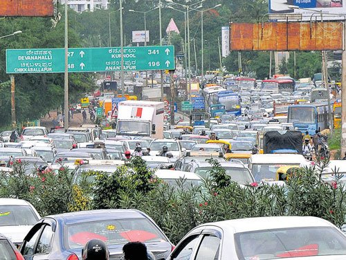Govt moots tunnel roads to decongest Bengaluru