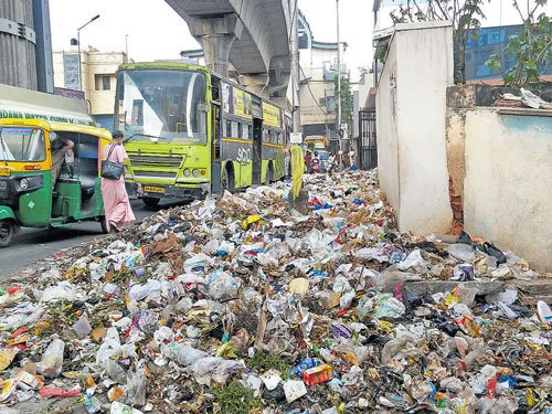 Garbage crisis rears  its ugly head again