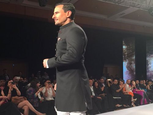 Saif scorches ramp for Rathore's ready-to-wear line