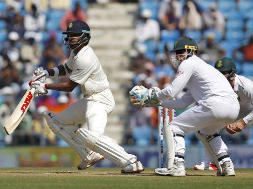 India in tatters at 139/6 at tea