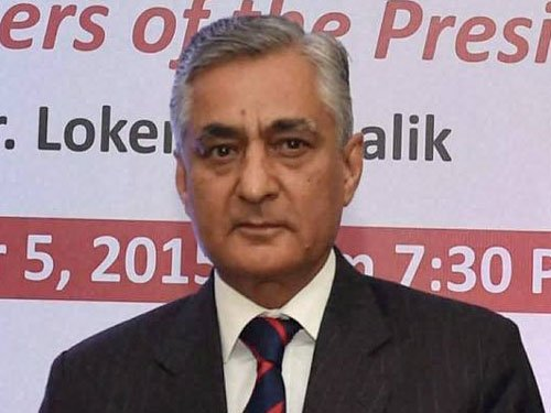 Justice Thakur assumes charge as CJI