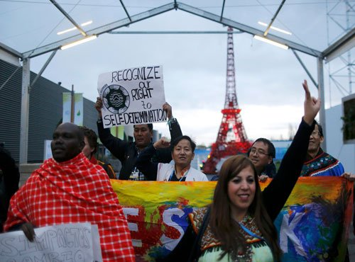Climate accord blueprint delivered at Paris talks