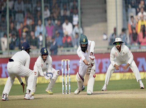 South Africa crawl to 40/1 at tea after Rahane century