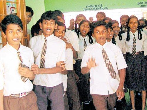 Halebeedu students give thumbs-up for hostel food