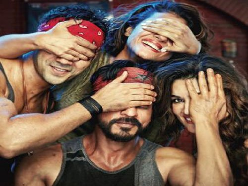 Bajrang Dal workers protest Dilwale's screening in Bihar