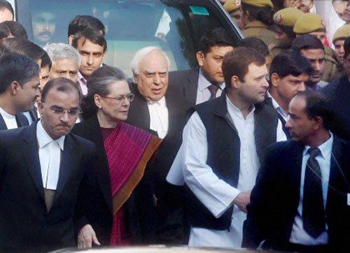 Sonia, Rahul get bail in Herald case, attack Modi