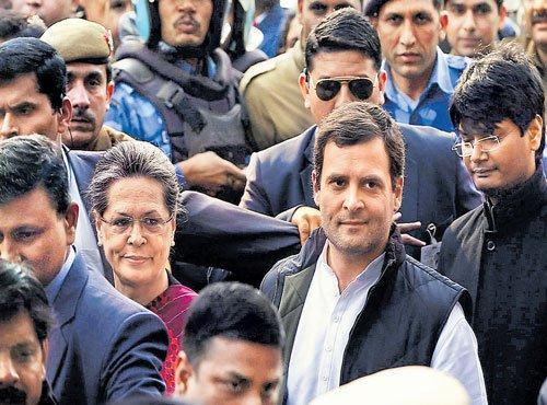 Gandhis appear in court, get bail
