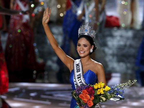 After 'big mistake', Philippines beauty crowned Miss Universe 2015