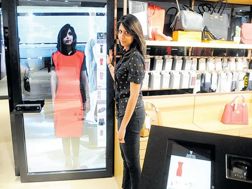 Style Studio Wows With Virtual Mirror Deccan Herald