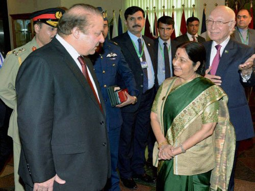 Welcome India, Pak efforts to solve issues bilaterally: US